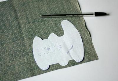 Làm mèo bông từ vải