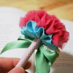 Cách trang trí bút hình bông hoa