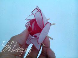 cách tỉa hoa đơn giản mà đẹp từ củ cải đỏ