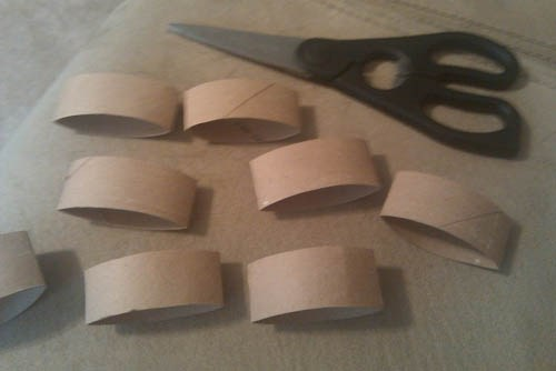 Tự làm đồ trang trí dễ thương từ lõi giấy vệ sinh