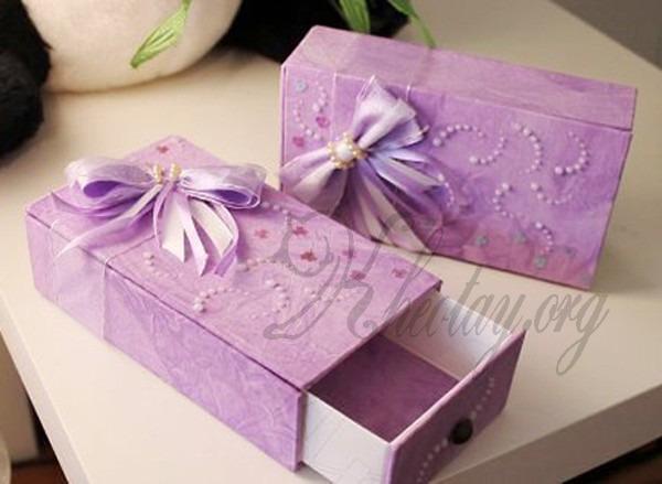 Tự làm hộp quà đẹp cho bạn gái