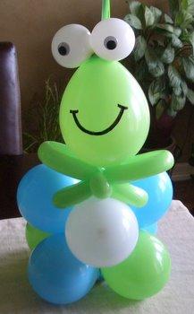 Cách trang trí tiệc sinh nhật đơn giản với bóng bay