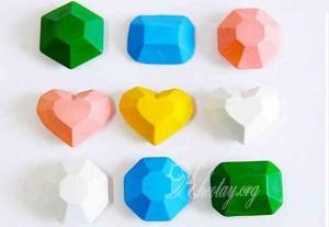 Làm đồ tái chế đơn giản từ sáp màu