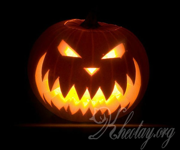 Cách tỉa bí ngô Halloween đơn giản