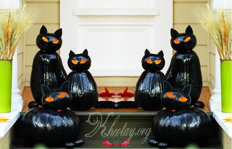 Ý tưởng cho ngày Halloween từ đèn bí ngô hình mèo mun