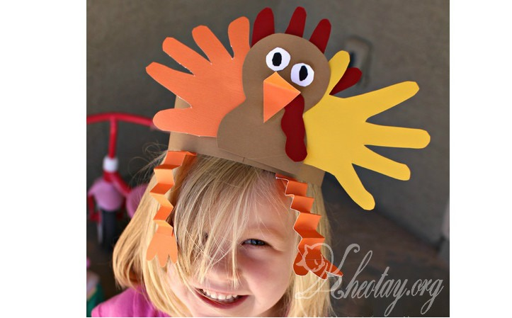 Cách làm mũ giấy cho bé hình con gà tây